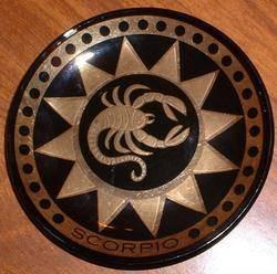 Scorpio button vintage